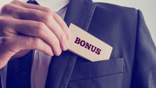 10 Careers with Great Benefits