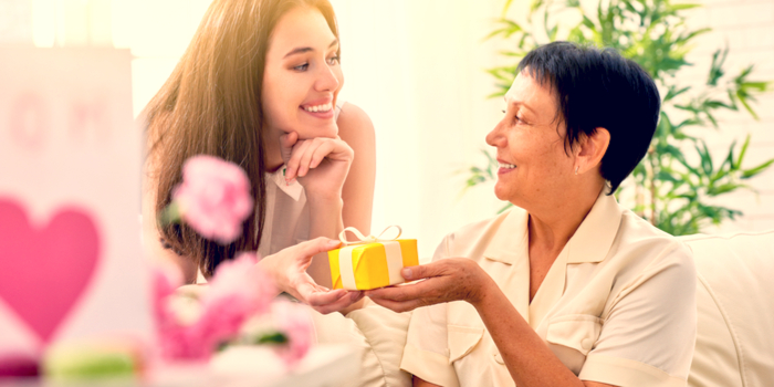 Special Gifts for Mom and Gift Ideas for Moms Under a Budget