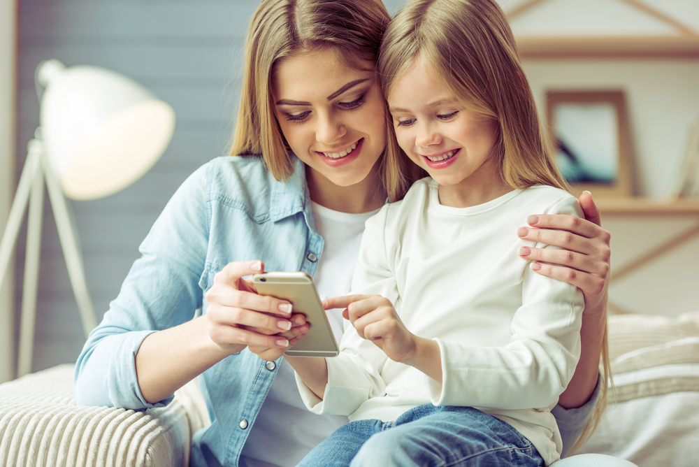 Phones for Kids, What Age Should Kids Get a Phone