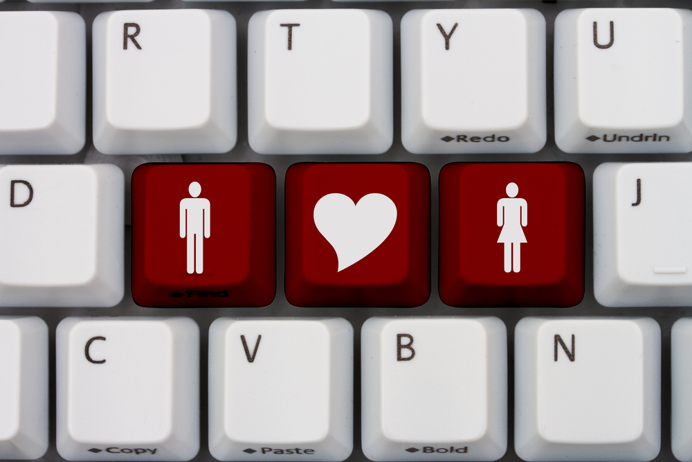 Falling in love online, Online Background Check,