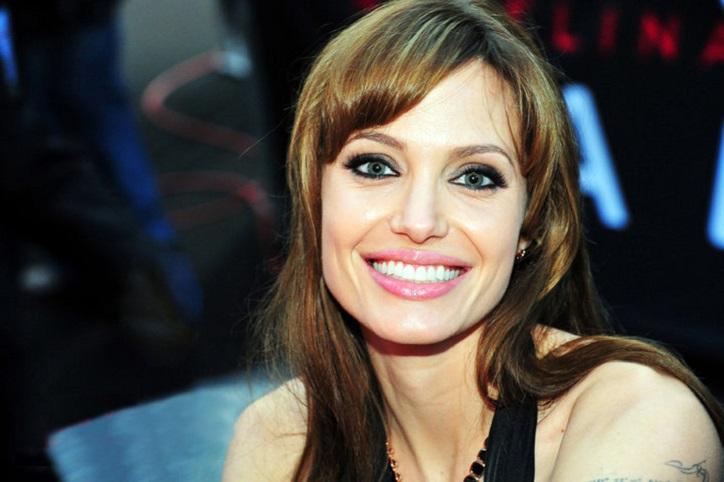 Angelina Jolie, Angelina Jolie Biography