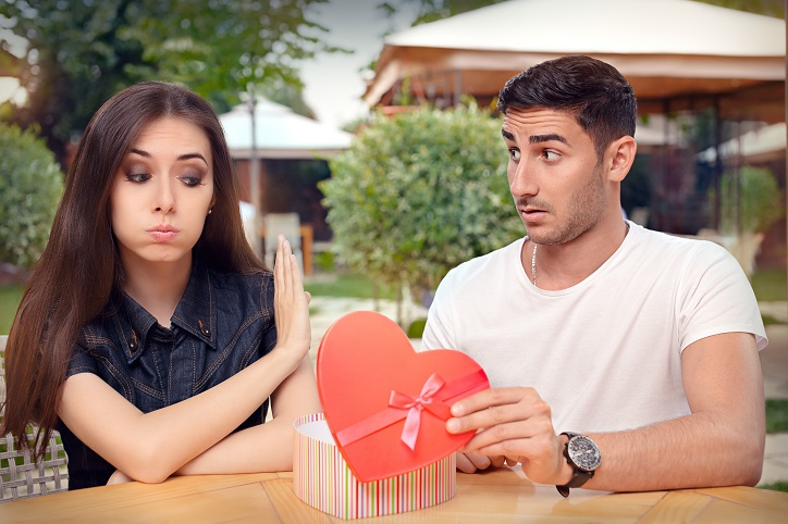 First Date Tips, Dating Tips, Dating Fails