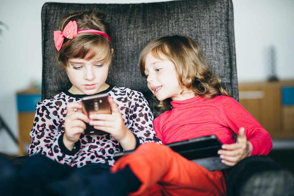 When to Give your Child a Smarphone
