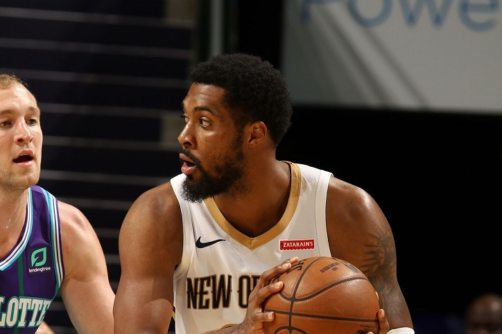 Derrick Favors Public Records