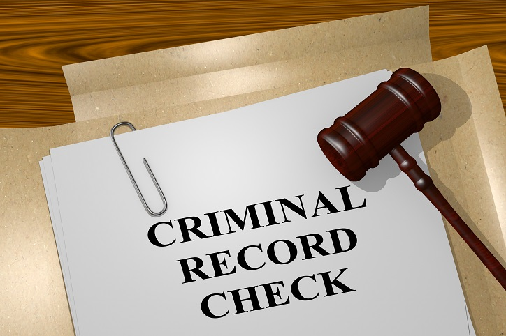 Do Misdemeanors Show on Background Check