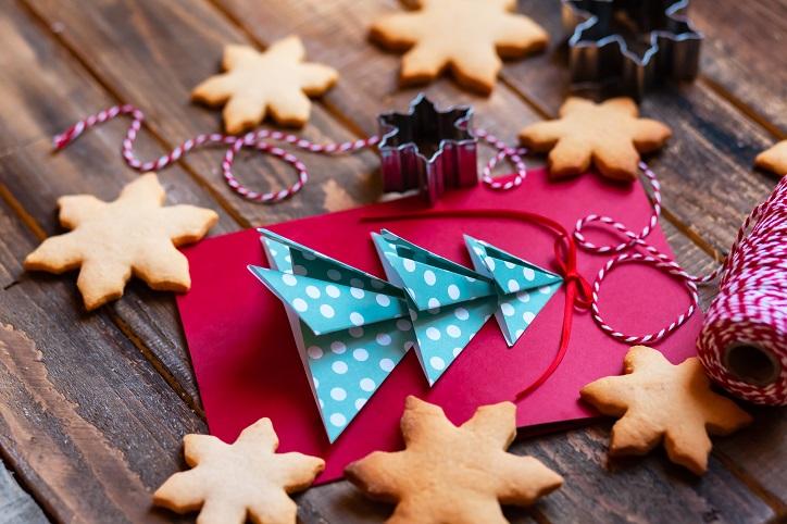 Who Do You Send Christmas Cards To