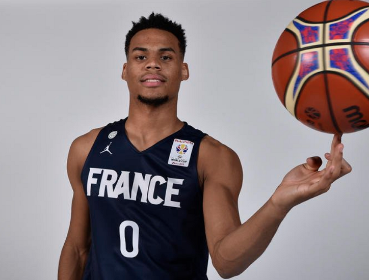 Élie Okobo Background Check