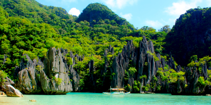 famous beaches in the world - El Nido, Palawan, Philippines