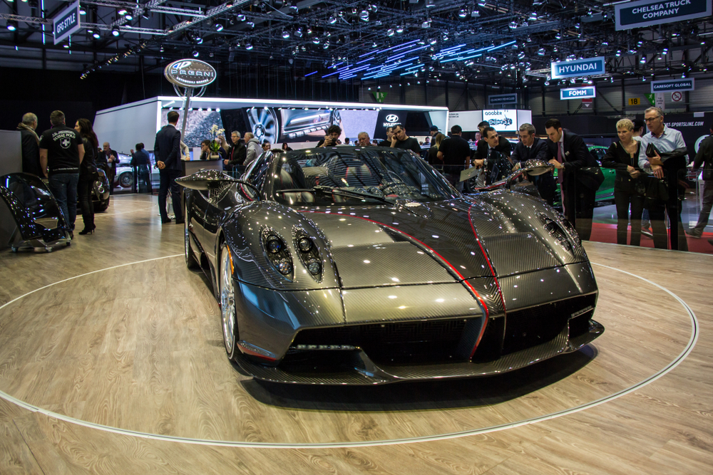Pagani Huayra world fastest car