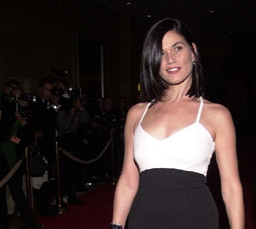 People Search Linda Fiorentino